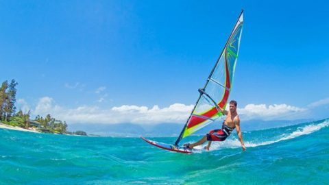 ¿Cómo aprender windsurf?